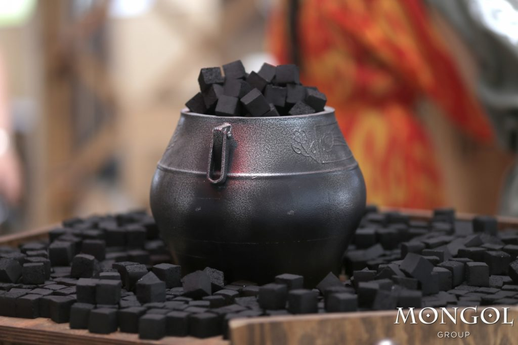 Уголь Mongol