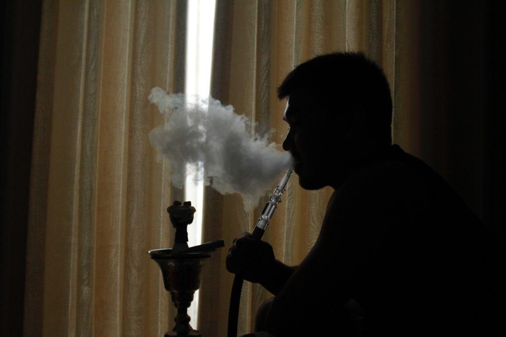 Как получается дым кальяна?